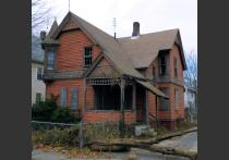 HAPHousing: 176 Quincy Street in Springfield's Old Hill Neighborhood Before Renovations